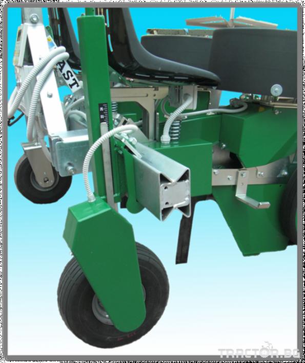 Машини за зеленчуци Разсадопосадачна машина FEDELE модел FAST ELECTRONIC 2