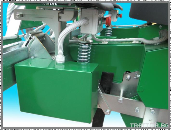 Машини за зеленчуци Разсадопосадачна машина FEDELE модел FAST ELECTRONIC 3