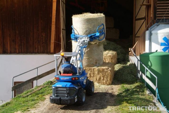 Машини за ферми Мини челен товарач MULTIONE оборудван с щипка за бали 2