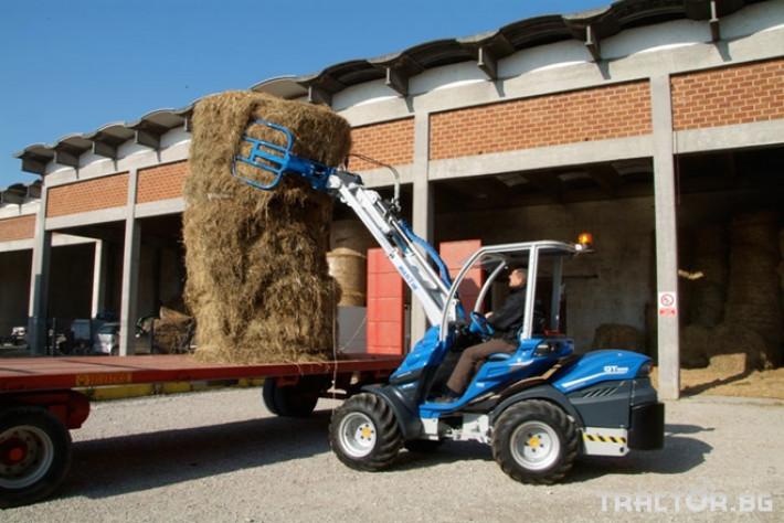 Машини за ферми Мини челен товарач MULTIONE оборудван с щипка за бали 4