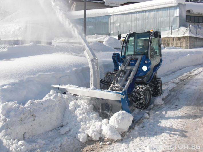 Техника за почистване Роторен снегорин MULTIONE 3