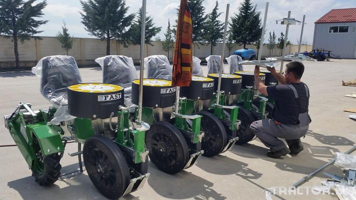 Машини за зеленчуци Разсадопосадъчна машина FEDELE модел FAST 1