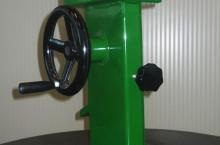 Ръчна машина за чупене на лешници марка CHIANCHIA