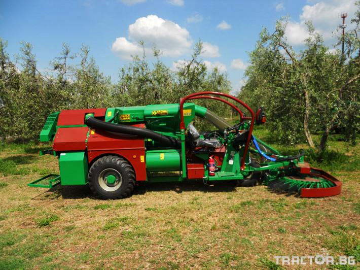 Машини за лозя / овошки Самоходни комбайни за орехи и лешници 5