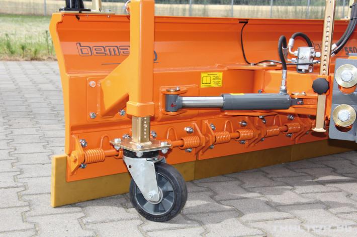 Техника за почистване Гребло за почистване на сняг BEMA Serie 550 0