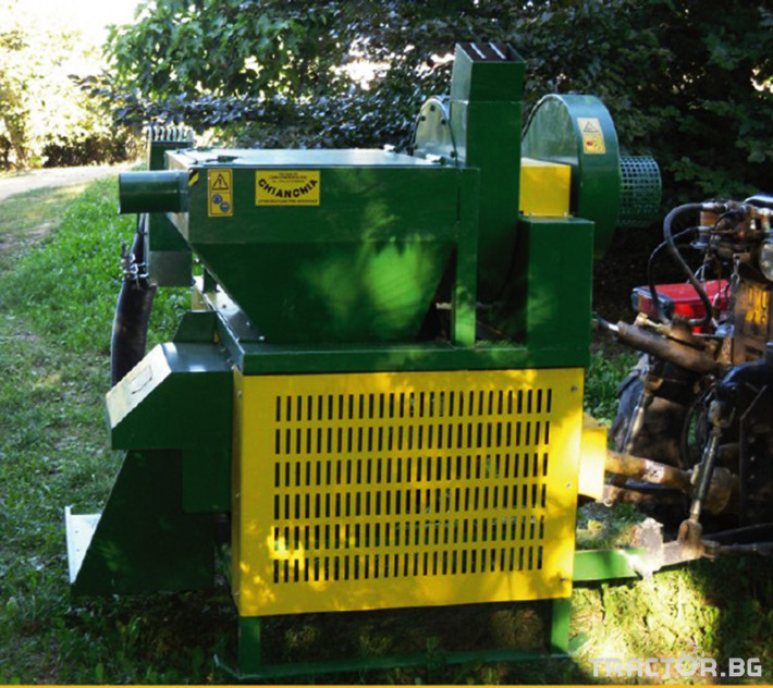 Машини за лозя / овошки Комбайн за лешници CHIANCHIA модел EU1000 0