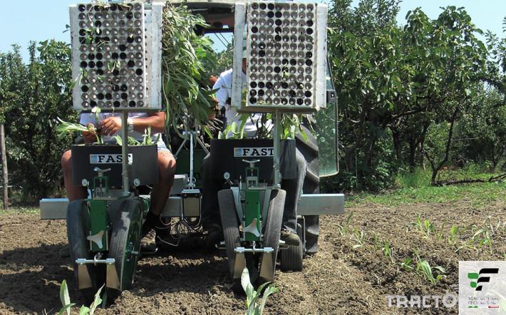 Машини за зеленчуци Разсадопосадъчна машина FEDELE модел FAST 0