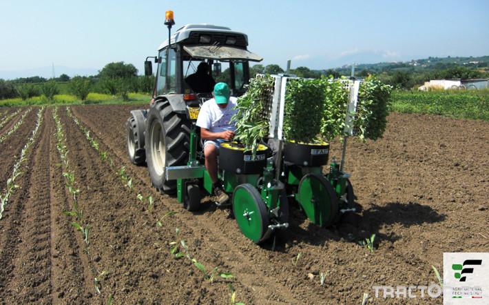 Машини за зеленчуци Разсадопосадъчна машина FEDELE модел FAST 12