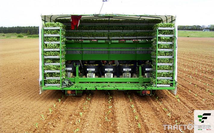 Машини за зеленчуци Разсадопосадъчна машина FEDELE модел FAST 14