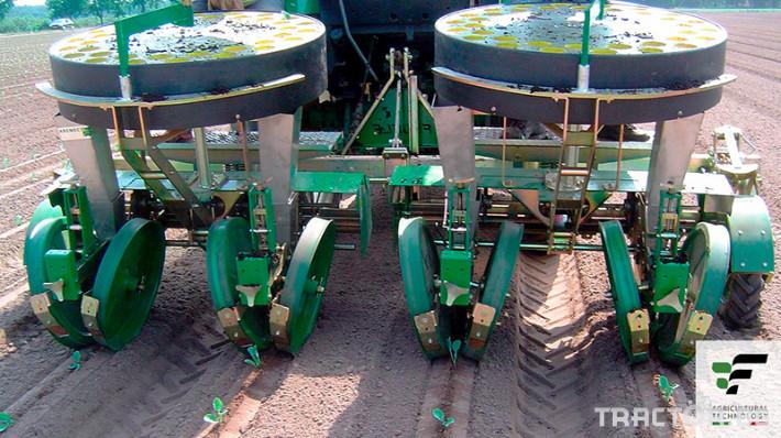 Машини за зеленчуци Разсадопосадъчна машина FEDELE модел IPER DUPLEX 0