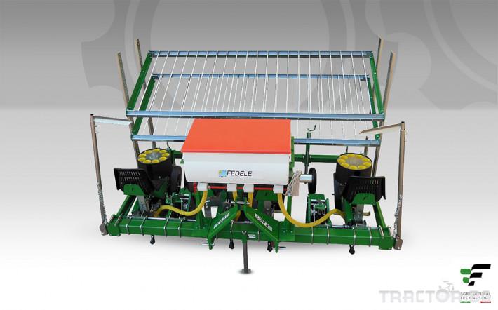 Машини за зеленчуци Разсадопосадачна полуавтоматична машина FAST BASIC 3