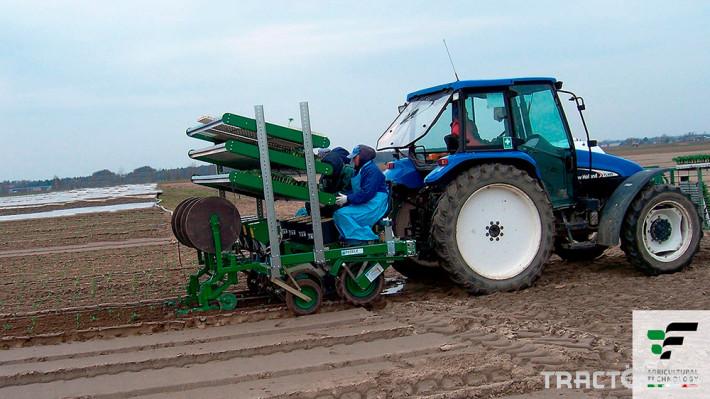 Машини за зеленчуци Разсадопосадачна машина FEDELE модел FAST-M 1
