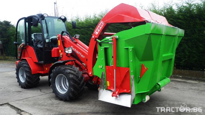 Машини за ферми Вертикална фуражораздаваща миксер кофа за мини челен товарач и трактор 0