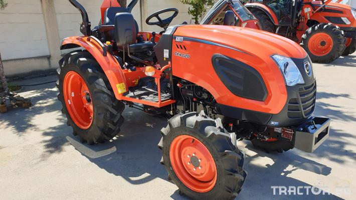 Трактори Kioti CK4020R 2 - Трактор БГ